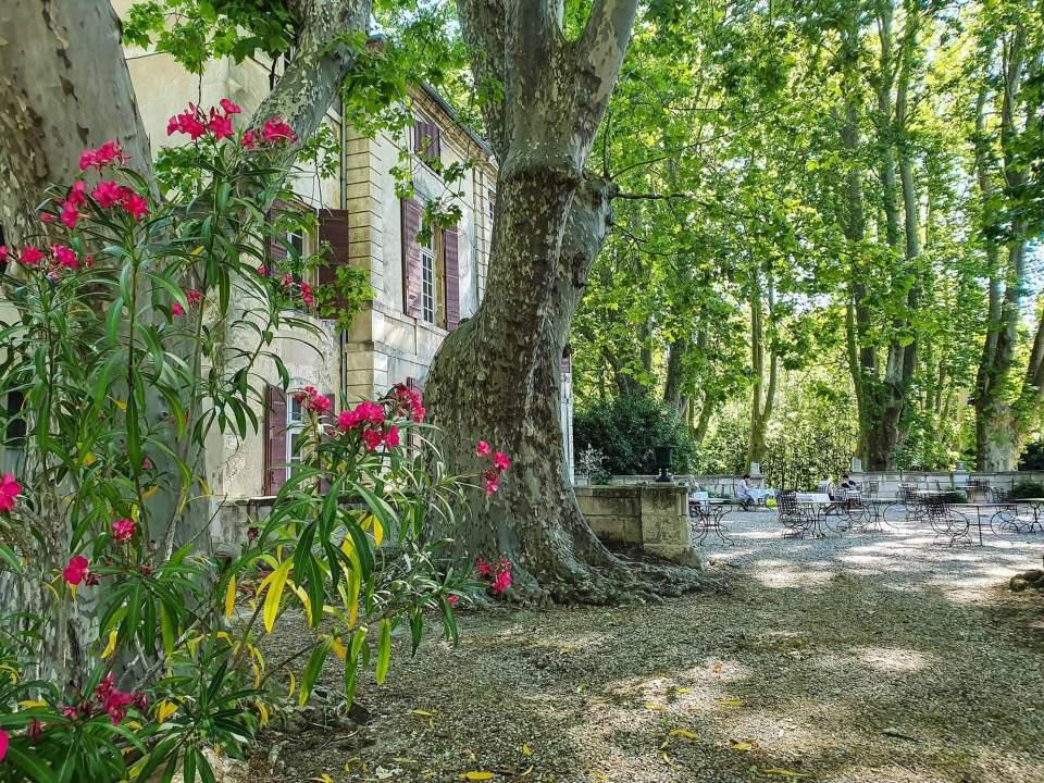 chateau de roussan hotel restaurant saint remy de provence