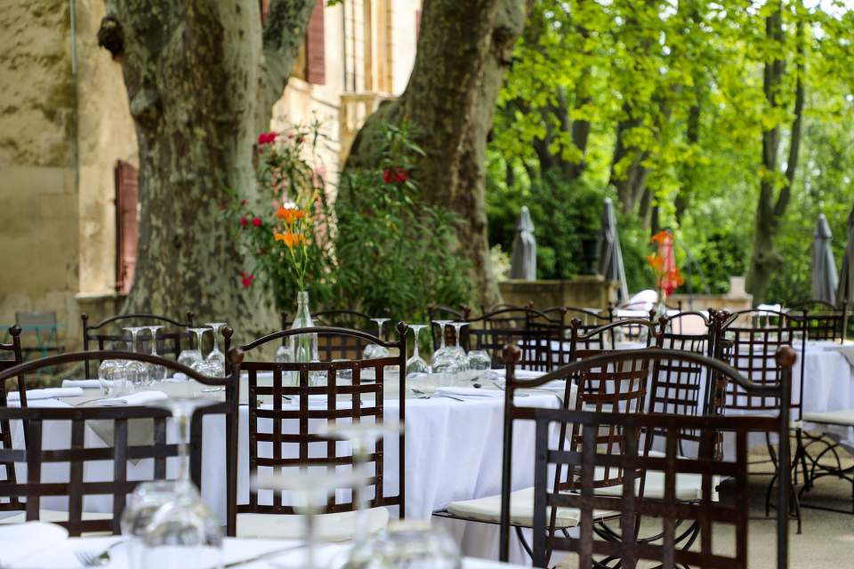 Group meals on the terrace, organization of tailor-made events