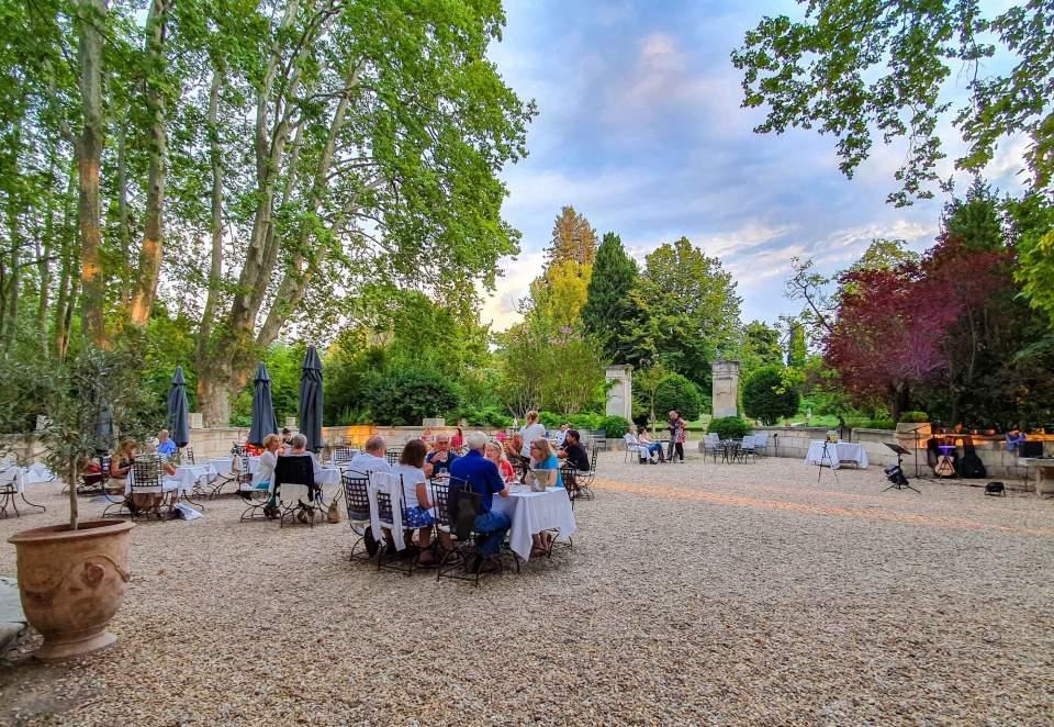 restaurant terrasse saint remy de provence